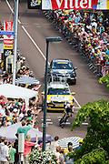 Kruijswijk van de Lotto Jumbo ploeg. In Utrecht is deTour de France van start gegaan met een tijdrit. De stad was al vroeg vol met toeschouwers. Het is voor het eerst dat de Tour in Utrecht start.<br /> <br /> In Utrecht the Tour de France has started with a time trial. Early in the morning the city was crowded with spectators. It is the first time the Tour starts in Utrecht.