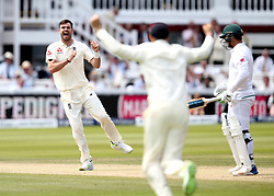 James Anderson of England celebrates taking the wicket of Quentin de Kock of South Africa - Mandatory by-line: Robbie Stephenson/JMP - 08/07/2017 - CRICKET - Lords - London, United Kingdom - England v South Africa - Investec Test Series