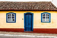 Fachada de casa colonial no centro histórico de São José. São José, Santa Catarina, Brasil. / Colonial architecture house facade at the historic center of Sao Jose. Sao Jose, Santa Catarina, Brazil.