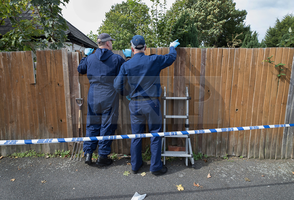 © Licensed to London News Pictures. 21/09/2017. London, UK. A police search team begins investigating the garden of a property in Thornton Heath, south London where a 17 year old was arrested last night. This is the sixth arrest in connection with the bombing of an underground train at Parsons Green on September 15th. The bomb failed to fully explode but still injured 30 people. Photo credit: Peter Macdiarmid/LNP