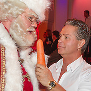 NLD/Hilversum/20151207- Sky Radio's Christmas Tree for Charity, Danny de Munk en de kerstman