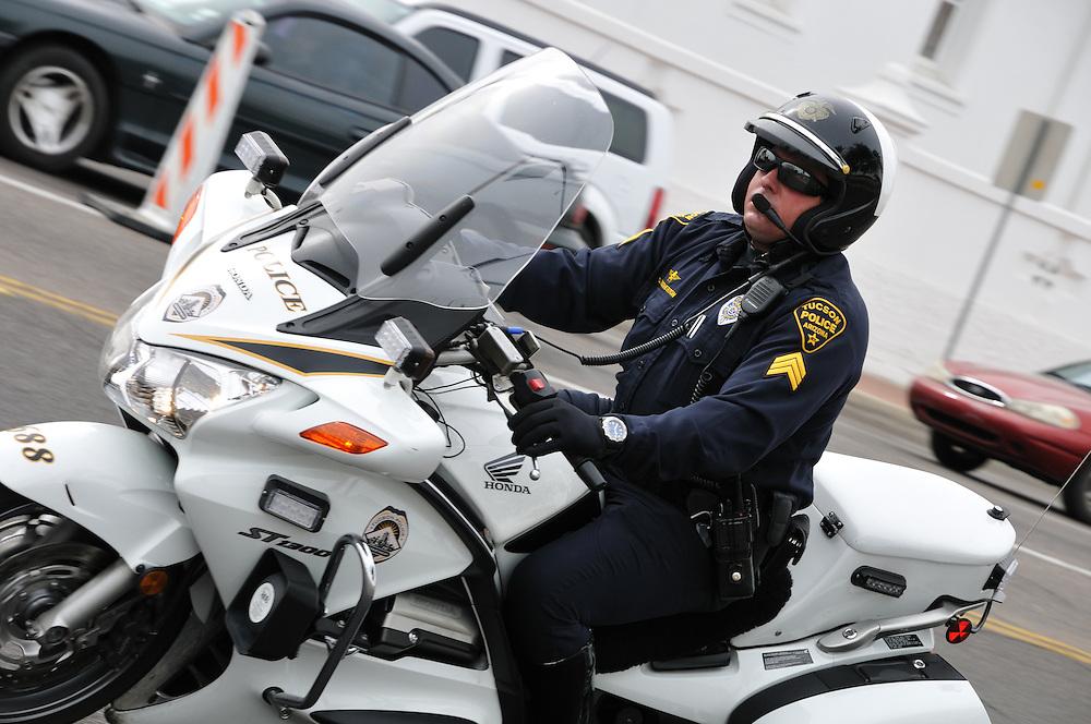 Motorcycle officer patrolling the 2012 El Tour de Tucson course. Bike-tography by Martha Retallick.