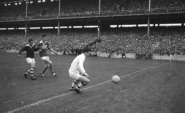 Westmeath goalie attempts to save ball during the All Ireland Minor Gaelic Football Final Kerry v. Westmeath in Croke Park on the 22nd September 1963.