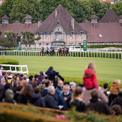 scenes,  Prix Parade d'Amour in Saint Cloud, France,  1 may 2017, photo Zuzanna Lupa