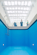 "DUTCH GLASS AWARD 2016 for Leandro Ehrling's ""SWIMMING POOL"" in Museum Voorlinden, designed by Dirk Jan Postel of Kraaijvanger Architects"