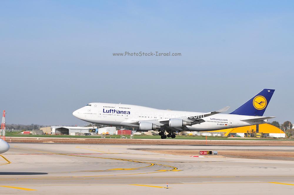 Israel, Ben-Gurion international Airport Lufthansa Passenger Jet landing