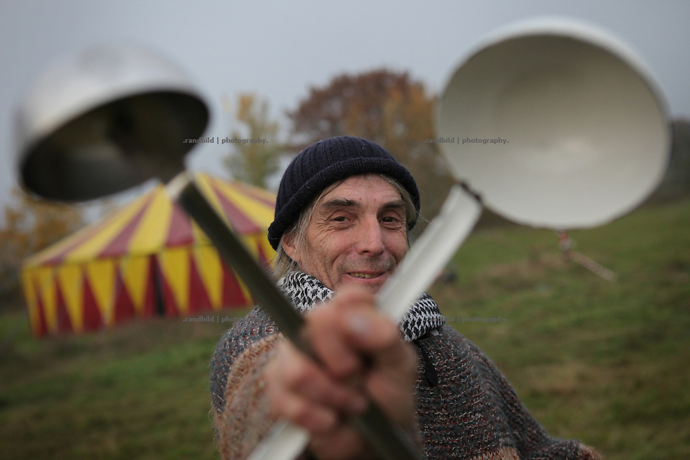 Wam Kat, chef of dutch protest kitchen Rampenplan, in Gedelitz near Gorleben. During the upcomming week he will cook meals to support thousands of peole in their protest against a nuclear waste transport to Gorleben.
