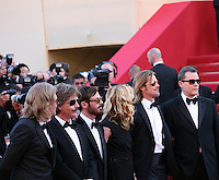 Director Andrew Dominik with cast Ben Mendelsohn, Scoot McNairy, Dede Gardner, Brad Pitt and Ray Liotta at the Killing Them Softly gala screening at the 65th Cannes Film Festival France. Tuesday 22nd May 2012 in Cannes Film Festival, France.