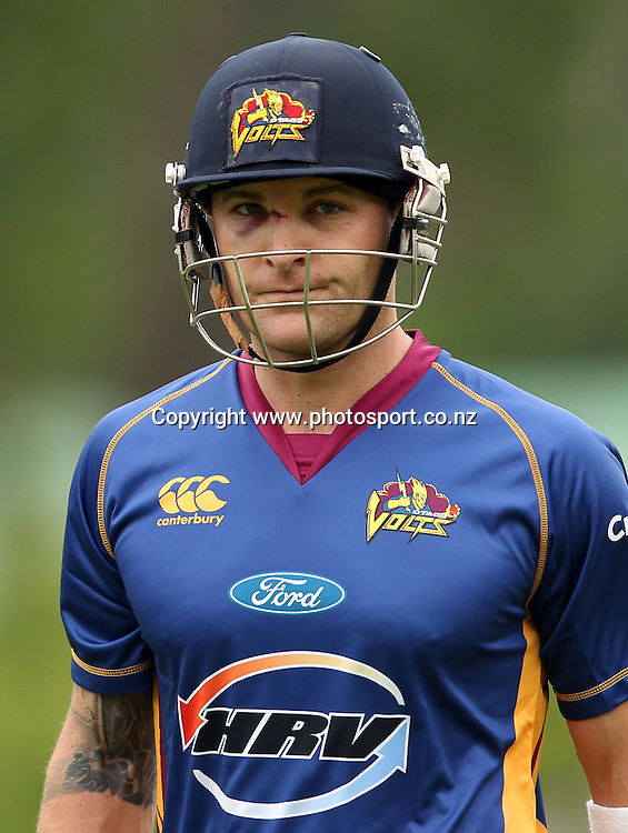 A battered and bruised Volts Captain Brendon McCullum leaves the field after scoring 79.<br /> Twenty20 Cricket - HRV Cup, Otago Volts v Central Stags, 18 December 2011, University Oval, Dunedin, New Zealand.<br /> Photo: Rob Jefferies/PHOTOSPORT