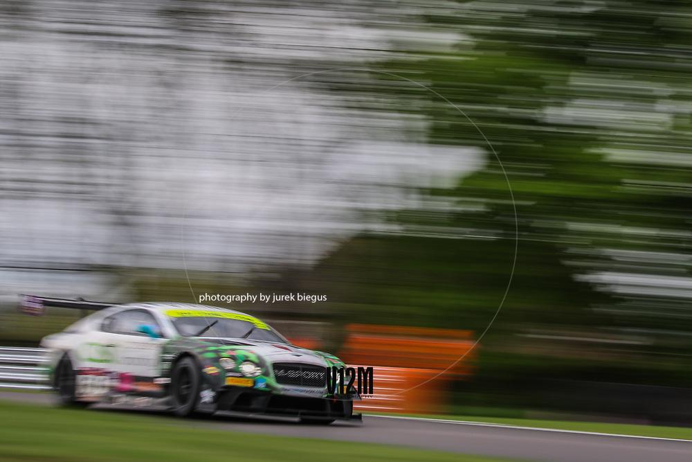 Team Parker Racing | Bentley Continental GT3 | Rick Parfitt | Seb Morris | British GT Championship | Oulton Park | 17 April 2017 | Photo: Jurek Biegus