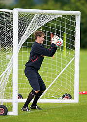 WREXHAM, WALES - Monday, August 18, 2008: Wales' Owain Fon Williams training at Colliers Park ahead of their UEFA European U21 Championship Group 10 Qualifying match against Romania. (Photo by David Rawcliffe/Propaganda)