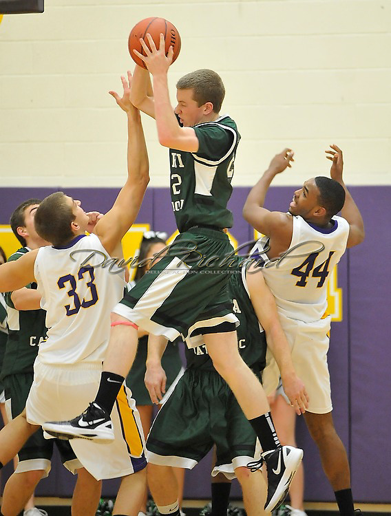 Elyria Catholic at Avon boys varsity basketball on December 16, 2011 in Avon.
