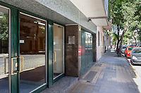DEPARTAMENTO AMUEBLADO DE UN DORMITORIO EN EL BARRIO DE ALMAGRO, CIUDAD AUTONOMA DE BUENOS AIRES, ARGENTINA (PHOTO BY MARCO GUOLI - © AIRBNB, INC. - ALL RIGHTS RESERVED. CONTACT THE COPYRIGHT OWNER FOR IMAGE REPRODUCTION)