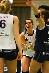 20160319 NED: Volleybal: Sliedrecht Sport - Springendal Set Up 65, Sliedrecht<br />Nienke de Waard