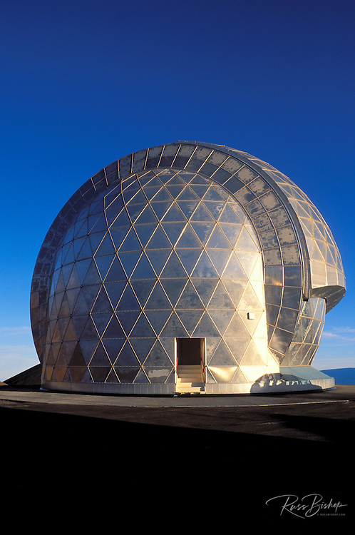 The Caltech Submillimeter Observatory on the summit of Mauna Kea at 13,800 feet, The Big Island, Hawaii