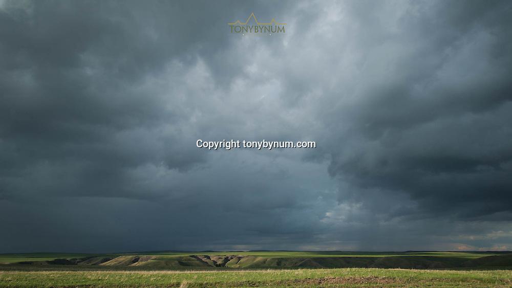 dramatic montana sky landscape