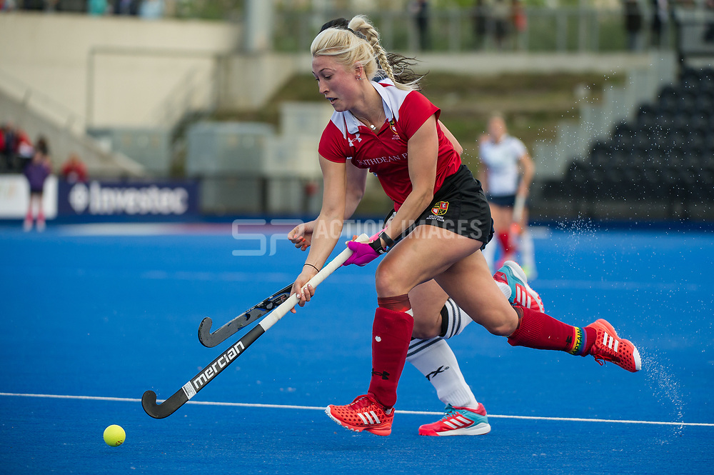 Holcombe's Steph Elliott. East Grinstead v Holcombe - Semi-Final - Investec Women's Hockey League Finals, Lee Valley Hockey & Tennis Centre, London, UK on 22 April 2017. Photo: Simon Parker