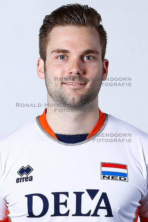 20150506 NED: Selectie Nederlands volleybal team mannen, Arnhem<br />Op Papendal werd het Nederlands team volleybal seizoen 2015-2016 gepresenteerd / Dirk Sparidans<br />©2015-FotoHoogendoorn.nl / Pim Waslander