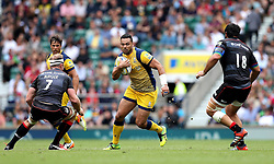 Ben Te'o of Worcester Warriors takes on Schalk Burger and Juan Figallo of Saracens - Mandatory by-line: Robbie Stephenson/JMP - 03/09/2016 - RUGBY - Twickenham - London, England - Saracens v Worcester Warriors - Aviva Premiership London Double Header