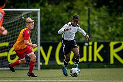 Shanun #14 of VV Maarssen  in action. VV Maarssen O14-1 played a friendly game against CDW O15-2. Maarssen won 9-2 on July 11, 2020 at Daalseweide sports park Maarssen.