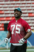 HONOLULU, HI - FEBRUARY 8:  Baltimore Ravens offensive tackle Jonathan Ogden #75 of the AFC during practice prior to the 2004 NFL Pro Bowl game against the NFC at Aloha Stadium on February 8, 2004 in Honolulu, Hawaii. The NFC defeated the AFC 55-52. ©Paul Spinelli/SpinPhotos *** Local Caption *** Jonathan Ogden