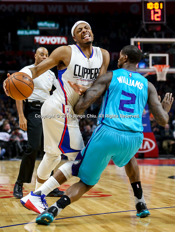 Los Angeles Clippers Paul Pierce drives against Charlotte Hornets Marvin Williams during the NBA basketball game in Los Angeles, the United States, Jan. 9, 2016. Los Angeles Clippers won 97-83. (Xinhua/Zhao Hanrong)(Photo by Ringo Chiu/PHOTOFORMULA.com)<br /> <br /> Usage Notes: This content is intended for editorial use only. For other uses, additional clearances may be required.