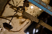 Tres Marias_MG, Brasil...Detalhe de uma balanca antiga em Tres Marias, Minas Gerais...Detail of ancient balance in Tres Marias, Minas Gerais...Foto: JOAO MARCOS ROSA /  NITRO