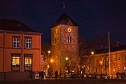 Vår Frue kirke, Trondheim i Sør-Trøndelag. Koret og østre halvdel av skipet utgjør middelalderens Mariakirke. Foruten Nidarosdomen, den eneste kirken fra middelalderens Trondheim som har overlevd fram til våre dager. Bygd cirka 1200. Skipet forlenget i 1686, tårnet oppført 1742, nygotiske vinduer og våpenhus fra 1880-tallet.