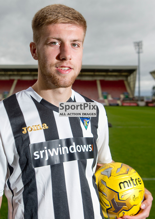 DAFC Sign Shaun Rooney East End Park 03 September 2015<br /> <br /> (c) CRAIG BROWN | SportPix.org.uk