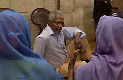 May 28, 2005; Nyala, SUDAN; Secretary-General Kofi Annan pays a visit to the Kalma Camp in South Darfur, where aproximately 100,000 internally displaced people are living. SG meets with women from the camp who air their grievences.  Mandatory Credit: Photo by Evan Schneider/UN/ZUMA Press. (©) Copyright 2005 by Evan Schneider/UN