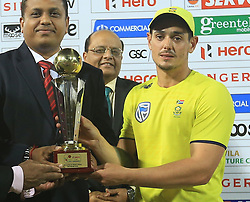 August 12, 2018 - Colombo, Sri Lanka - South African cricket captain Quinton de Kock poses with the winners trophy after South Africa defeated Sri Lanka by 3-2 in their ODI cricket series at R Premadasa International cricket ground, Colombo, Sri Lanka on Sunday 12 August 2018  (Credit Image: © Tharaka Basnayaka/NurPhoto via ZUMA Press)