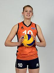 13-05-2014 NED: Selectie Nederlands volleybal team mannen, Arnhem<br /> Op Papendal werd het Nederlands team volleybal seizoen 2014-2015 gepresenteerd / Eline Timmerman
