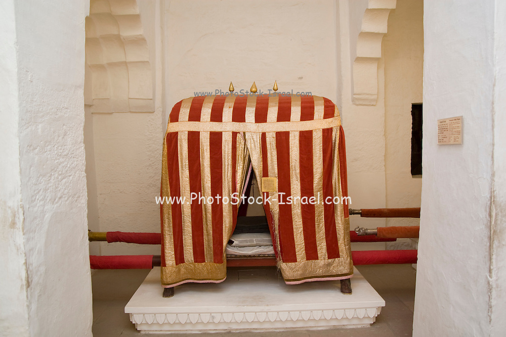 India, Rajasthan, Jodhpur, Mehrangarh fort Palanquin (Palki) on display in the museum