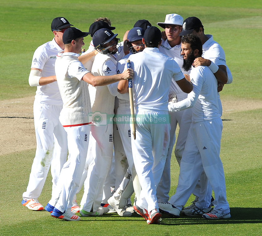 England players celebrate after beating Pakistan by 141 runs during day five of the 3rd Investec Test Match at Edgbaston, Birmingham.