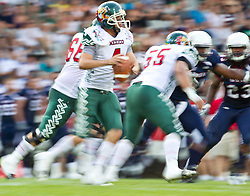 12.07.2011, Tivoli Stadion, Innsbruck, AUT, American Football WM 2011, Group A, United States of America (USA) vs Mexico (MEX), im Bild Feature Wischer, Pérez Rodrigo (Mexico, #4, QB) // during the American Football World Championship 2011 Group A game, USA vs Mexico, at Tivoli Stadion, Innsbruck, 2011-07-12, EXPA Pictures © 2011, PhotoCredit: EXPA/ J. Feichter