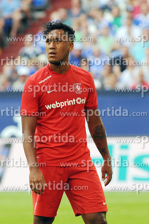 02.08.2015, Veltins Arena, Gelsenkirchen, GER, Testspiel, Schalke 04 vs FC Twente, im Bild Renato Tapia ( FC Twente ) // during the International Friendly Football Match between Schalke 04 and FC Twente at the Veltins Arena in Gelsenkirchen, Germany on 2015/08/02. EXPA Pictures &copy; 2015, PhotoCredit: EXPA/ Eibner-Pressefoto/ Thienel<br /> <br /> *****ATTENTION - OUT of GER*****