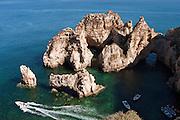 EN. Rocky coast rich in caves in Ponta da Piedade, Lagos, Algarve, Portugal.<br /> ES. Costa rocosa rica en cuevas en Ponta da Piedade, Lagos, Algarve, Portugal.