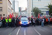 Frankfurt | Germany | 10.09.2015: Bei einer von der TGB (Bund t&uuml;rkischer Jugendlicher) angemeldeten Demonstration mit ca. 500 Teilnehmern kommt es zu Auseinandersetzung mit kurdischen Gegendemonstranten, die u.a. mehrere Stunden die Demoroute an der Paulskirche blockieren.<br /> <br /> hier: Auf H&ouml;he der Paulskirche blockieren ca. 50 Kurden und Unterst&uuml;tzer den Weg der Demonstration. Polizei und Ordner stoppen die Demo.<br /> <br /> 20150910<br /> Sascha Rheker<br /> <br /> [Inhaltsveraendernde Manipulation des Fotos nur nach ausdruecklicher Genehmigung des Fotografen. Vereinbarungen ueber Abtretung von Persoenlichkeitsrechten/Model Release der abgebildeten Person/Personen liegt/liegen nicht vor.] [No Model Release | No Property Release]