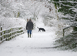 © Licensed to London News Pictures. 15/01/2013..Saltburn, Cleveland, England..Further snow showers fall on East Cleveland and North Yorkshire...Photo credit : Ian Forsyth/LNP