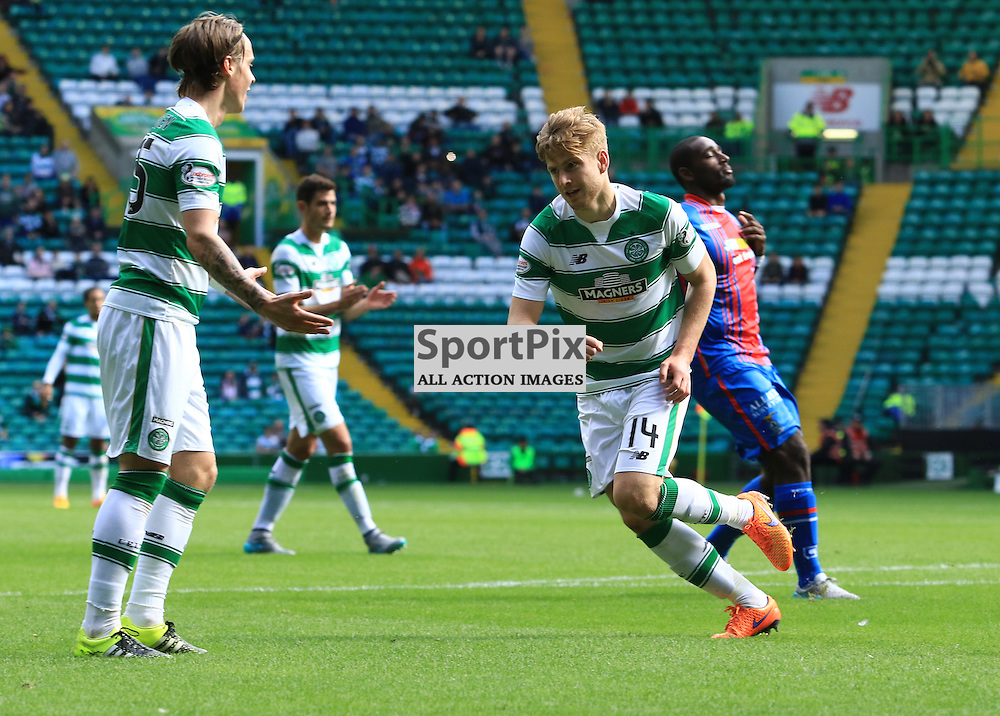 Celtic's Stuart Armstrong celebrates his second goal of  the Glasgow Celtic FC v Inverness Caledonian Thistle FC Scottish Premiership 15th August 2015 ©Edward Linton | SportPix.org.uk