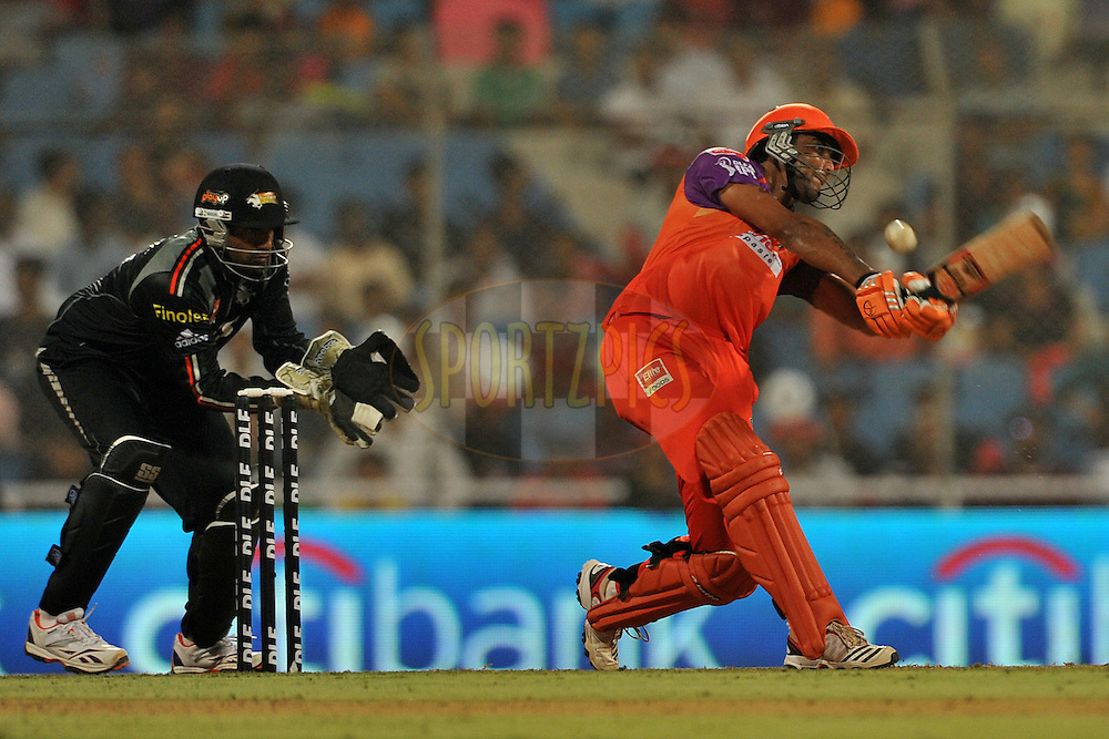 Ravindra Jadeja of Kochi Tuskers Kerala bats during  match 10 of the Indian Premier League ( IPL ) Season 4 between the Pune Warriors and the Kochi Tuskers Kerala held at the Dr DY Patil Sports Academy, Mumbai India on the 12th April 2011..Photo by Pal Pillai /BCCI/SPORTZPICS