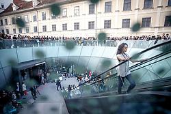 20.05.2016, Joanneumviertel, Graz, AUT, Assembly Design Festival Street Fashion Show, im Bild Models auf einer zum Laufsteg umfunktionierten Rolltreppe im Joanneum-Viertel // Models during a fashion show of the Assembly Design Festival at the Joanneum Quarter, Graz, Austria on 2016/05/20, EXPA Pictures © 2016, PhotoCredit: EXPA/ Erwin Scheriau