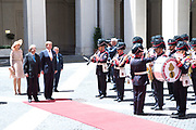 Staatsbezoek van Koning en Koningin aan de Republiek Italie - dag 1 - Rome /// State visit of King and Queen to the Republic of Italy - Day 1 - Rome<br /> <br /> Op de foto / On the photo: Koning Willem-Alexander en koningin Maxima ontmoeten de Italiaanse premier van Italië Paolo Gentiloni tijdens het staatsbezoek aan Italie met Koningin Maxima<br /> <br /> King Willem-Alexander and Queen Maxima meet Italy's Italian Prime Minister Paolo Gentiloni during the state visit to Italy with Queen Maxima