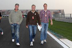 Motorsports / Formula 1: World Championship 2010, GP of Korea, Heiko Wasser (GER, RTL), Christian Danner (GER, RTL), Florian Koenig (GER, RTL)