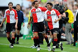 27-04-2008 VOETBAL: KNVB BEKERFINALE FEYENOORD - RODA JC: ROTTERDAM <br /> Feyenoord wint de KNVB beker - Denny Landzaat en Jonathan de Guzman<br /> ©2008-WWW.FOTOHOOGENDOORN.NL