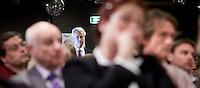 Nederland. Den Haag, 26 februari 2010.<br /> Partij voor de Vrijheid, PVV. Campagnebijeenkomst in een zaaltje Ockenburgh Active in het kader van de gemeenteraadsverkiezingen. Politieke partij, aanhang, Geert WildersPolitiek, lokale politiek<br /> Foto Martijn Beekman