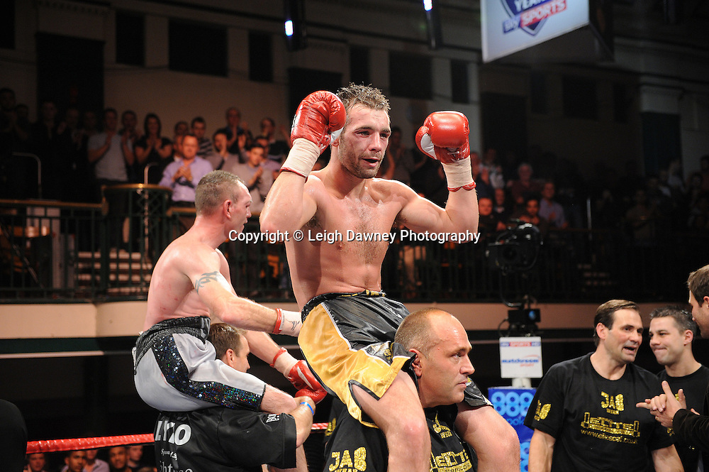 Colin Lynes and Lee Purdy await the judges decision on who claims the British Welterweight Title at York Hall 09.11.11. Matchroom Sport. Photo credit: © Leigh Dawney 2011.