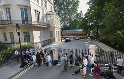 © Licensed to London News Pictures. 09/07/2018. London, UK. Journalists and TV crews gather outside the official residence of the foreign secretary after Boris Johnson resigned. Brexit Secretary David Davis has resigned over Prime Minister Theresa May's Brexit Plan. Mr Davis was appointed to the post in 2016 and was responsible for negotiating the UK's EU withdrawal. Photo credit: Peter Macdiarmid/LNP