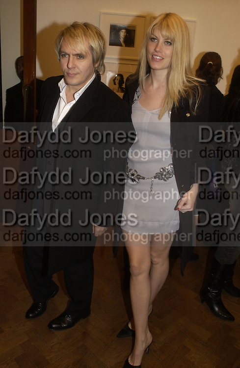 Nick Rhodes and Meredith Ostron. Warhol's World. Photography and Television. Hauser and Wirth. Piccadilly, London. 26  January 2006.  ONE TIME USE ONLY - DO NOT ARCHIVE  © Copyright Photograph by Dafydd Jones 66 Stockwell Park Rd. London SW9 0DA Tel 020 7733 0108 www.dafjones.com
