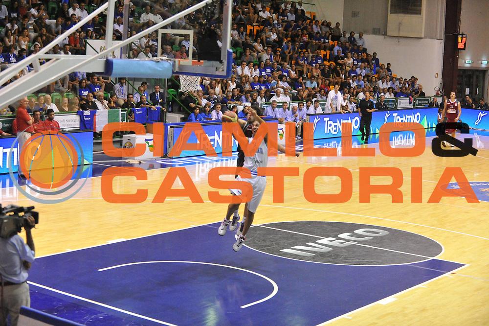 DESCRIZIONE : Sassarii Qualificazioni Europei 2013 Italia Portogallo<br /> GIOCATORE : giuseppe poeta<br /> CATEGORIA : tiro<br /> EVENTO : Qualificazioni Europei 2013<br /> GARA : Italia Portogallo<br /> DATA : 15/08/2012 <br /> SPORT : Pallacanestro <br /> AUTORE : Agenzia Ciamillo-Castoria/M.Gregolin<br /> Galleria : Fip Nazionali 2012 <br /> Fotonotizia : Sassari Qualificazioni Europei 2013 Italia Portogallo<br /> Predefinita :